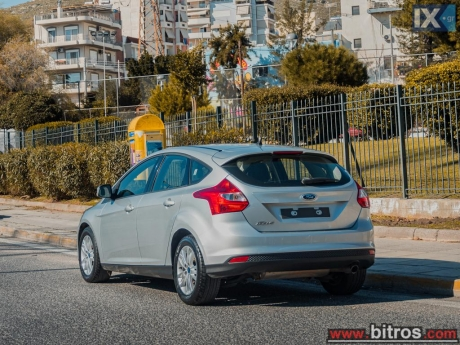 Ford  Focus  1.6 ECOBOOST 150HP +BOOK '13 '13 - 10.700
