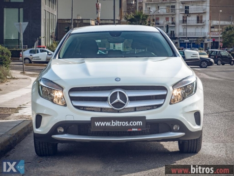 Mercedes-Benz GLA 200  200 ΒΕΝΖΙΝΗ 156HP +Book '16 '16 - 22.250