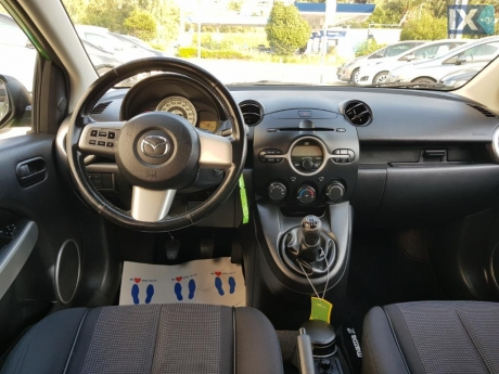 Mazda 2 1.3 exclusive clima full extra '08 - 5.990