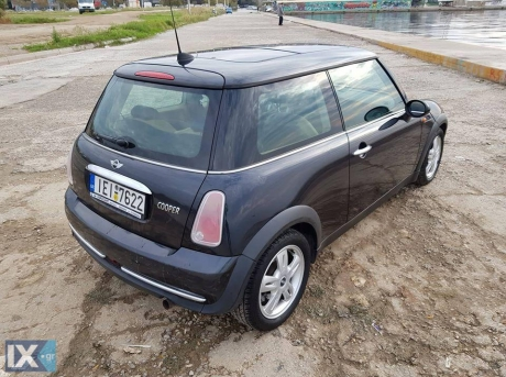 Mini Cooper Automatic, Panorama, Leather '05 - 5.300