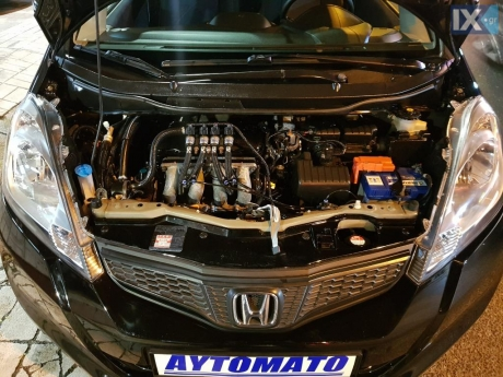 Honda  Jazz 1.3 cvt 7spead LPG Automatic  '11 - 8.490
